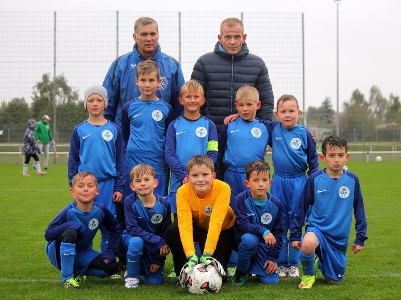 7:0-Sieg im Kreispokal: F-Junioren jubeln in neuen Trikots