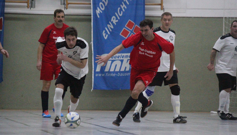 Greifswalder Team ist beim GWA-Cup der Ü35-Kicker nicht zu schlagen