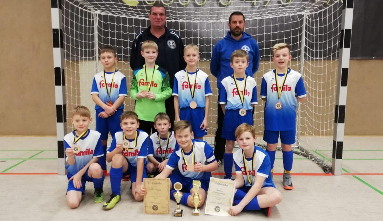E1-Junioren erreichen unterm Torgelower Hallendach den dritten Platz