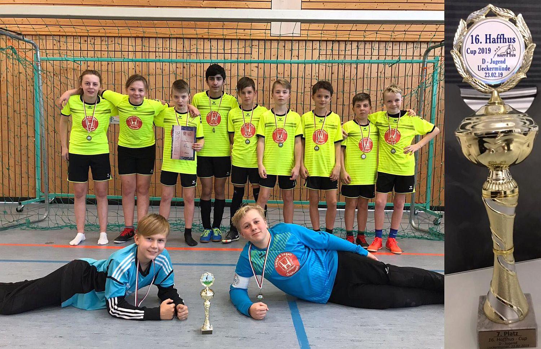D1-Junioren erreichen beim Haffhus-Cup Platz sieben – Trainer gewinnt Neunmeter-Trophäe