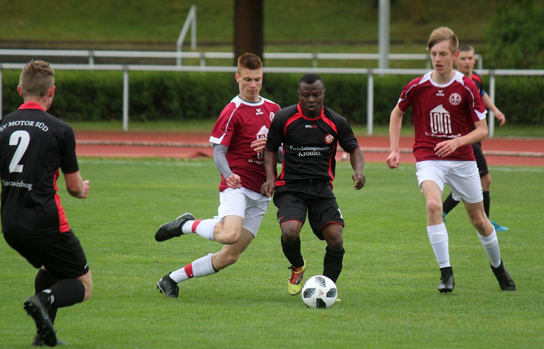 B-Junioren sorgen gegen Neubrandenburg erst nach der Pause für klare Verhältnisse