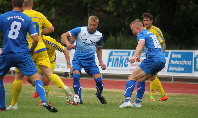 Punktspielstart: Landesliga-Elf empfängt Aufsteiger Waren