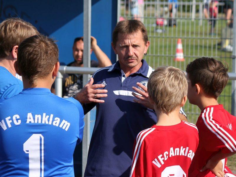 D2-Junioren verkaufen sich im Duell gegen Tabellenführer Gützkow teuer