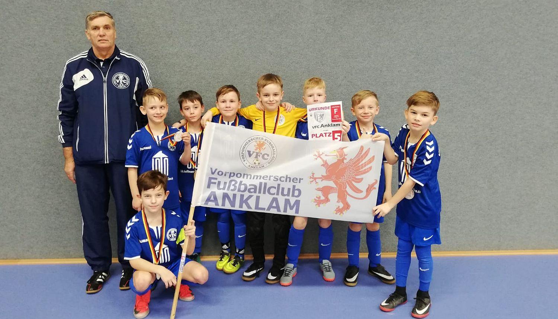 1. Mietpiet-Cup: F-Junioren erreichen in Greifswald den fünften Rang