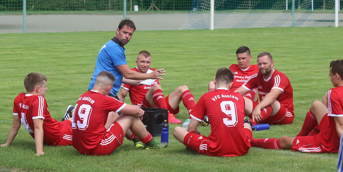 Höcker-Team startet mit zwei Auswärtsspielen in die neue Saison