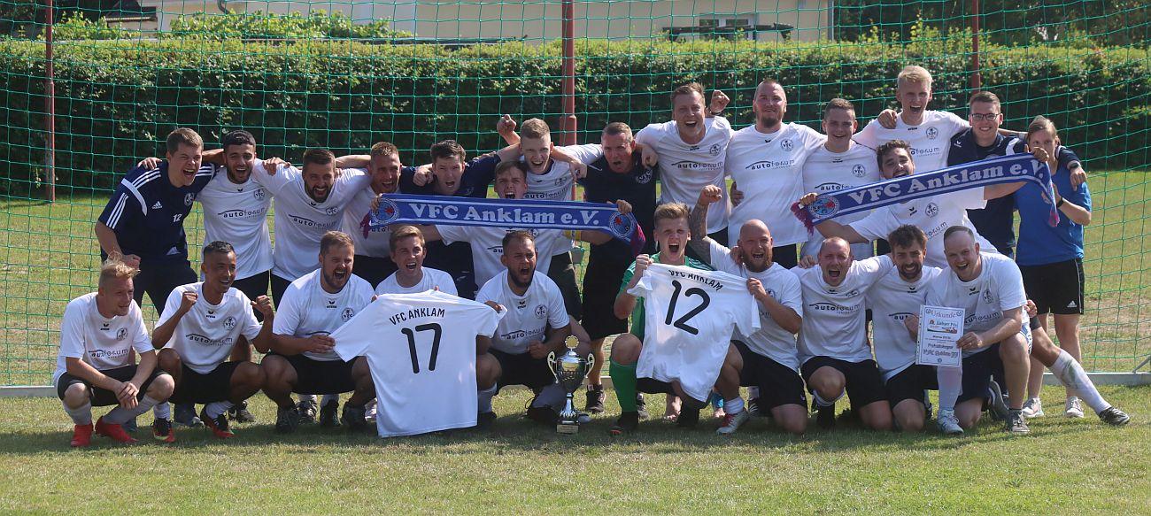 Pokalsieger! Kreisoberliga-Team gewinnt Finale mit 2:0