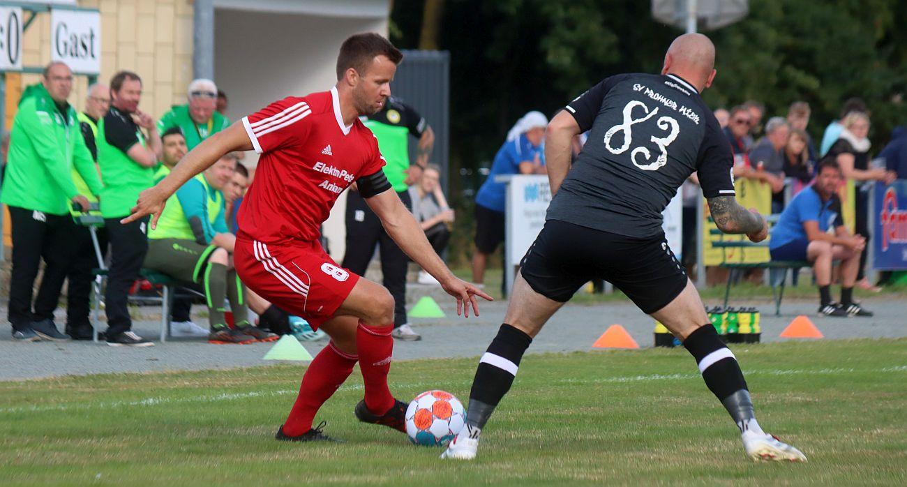 Landesliga-Kicker empfangen am Freitagabend Aufsteiger Usedom