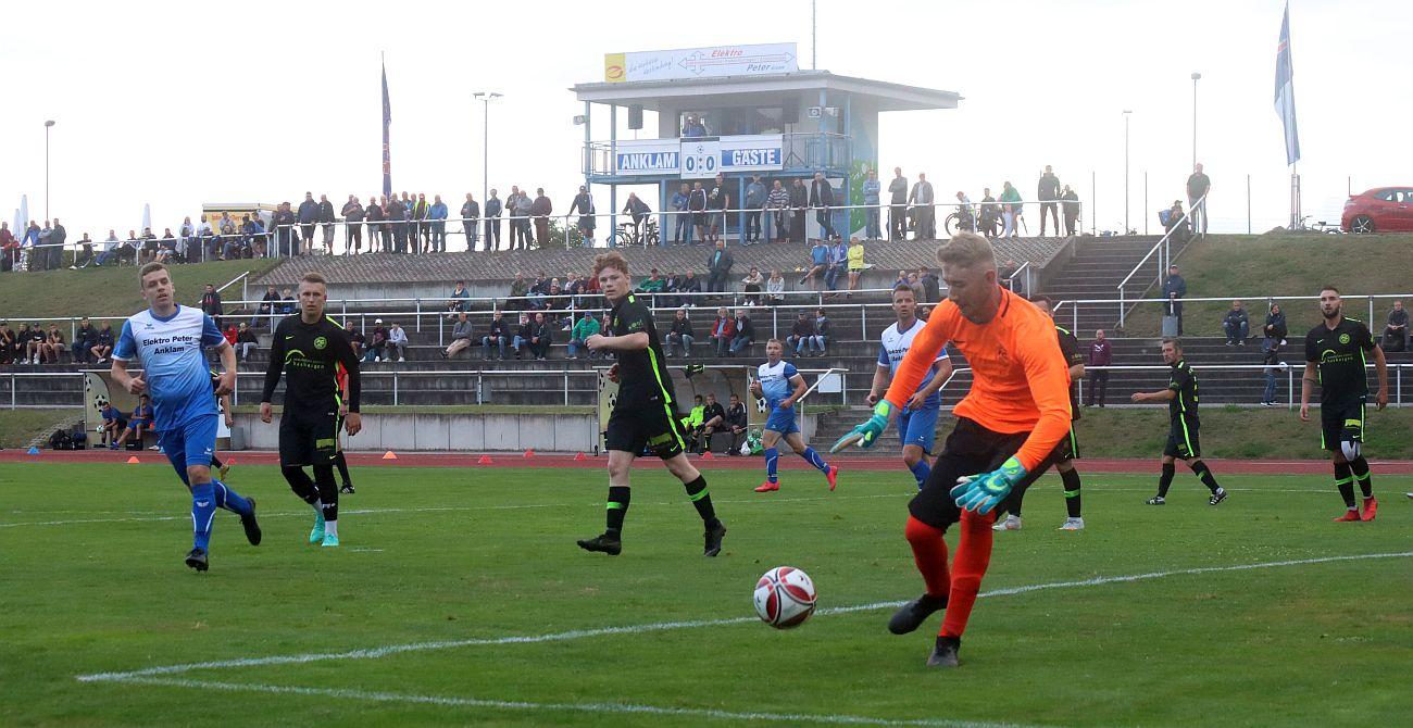 Landesliga-Elf bezwingt Aufsteiger FC Insel Usedom mit 2:0