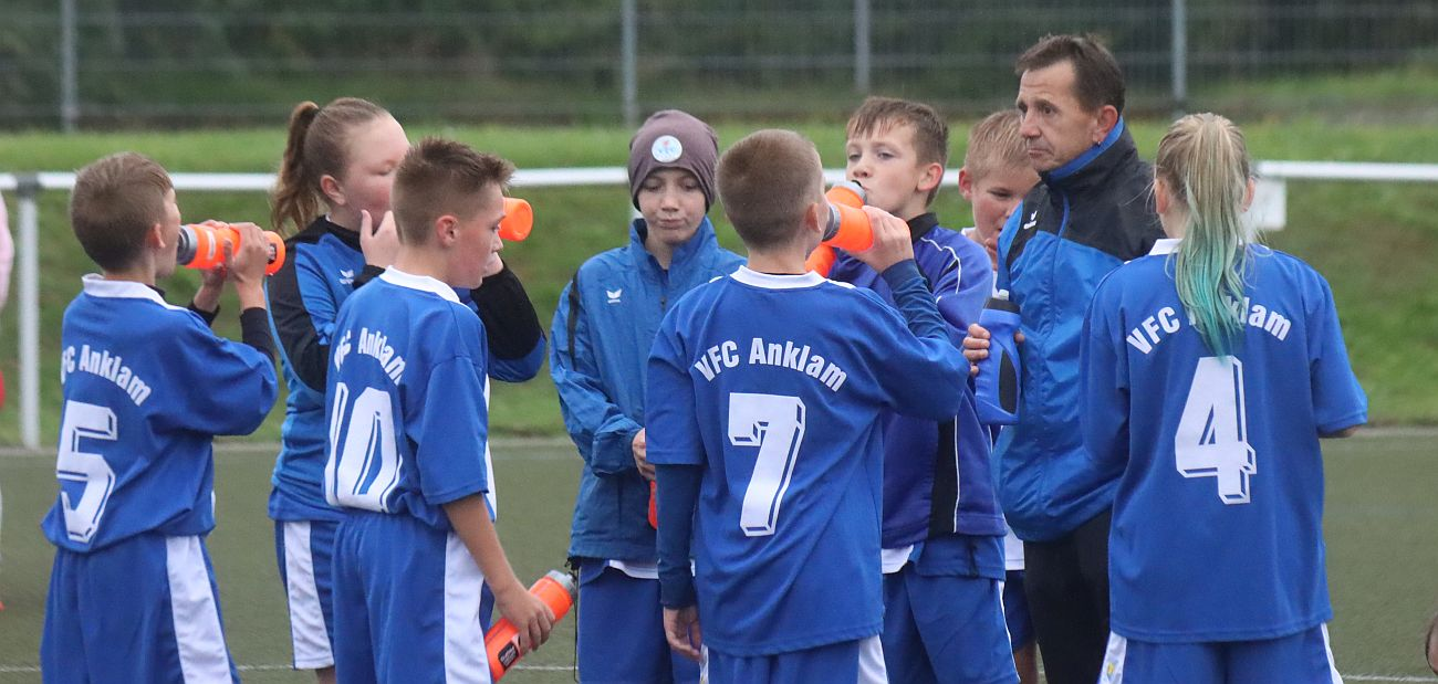 D2-Junioren feiern gegen Ueckermünde den ersten Saisonsieg