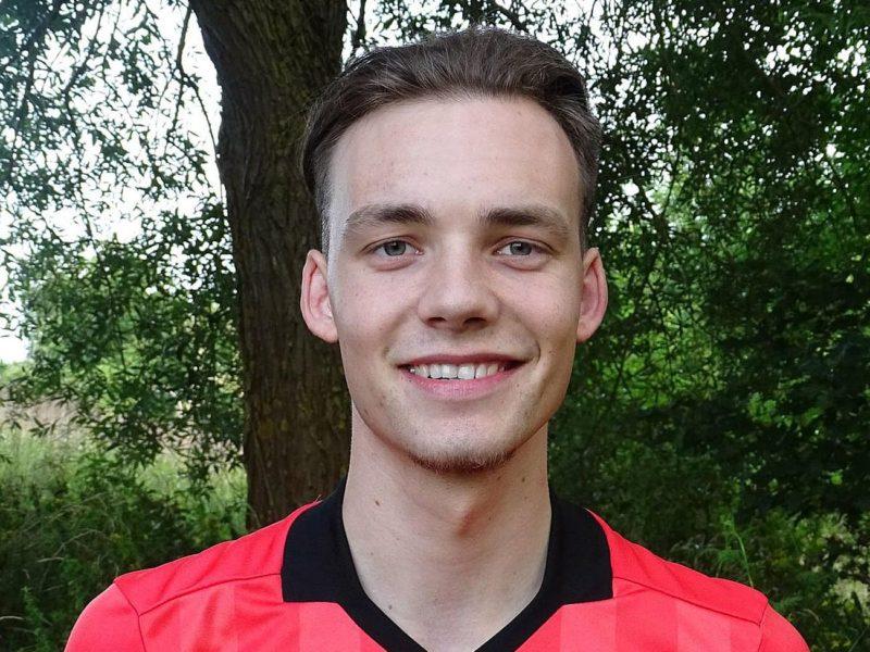 Schiedsrichter Niklas Knaak steigt in die Landesklasse auf